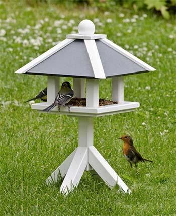 Vogelfutterhaus07